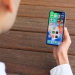 Экраны новых iPhone сделаны из биопластика?
